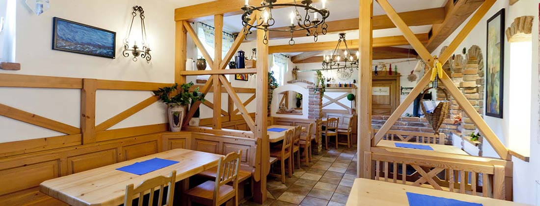 Gasthof Heurigenlokal Zum Panner in der Wachau I  Aus´gsteckt is´